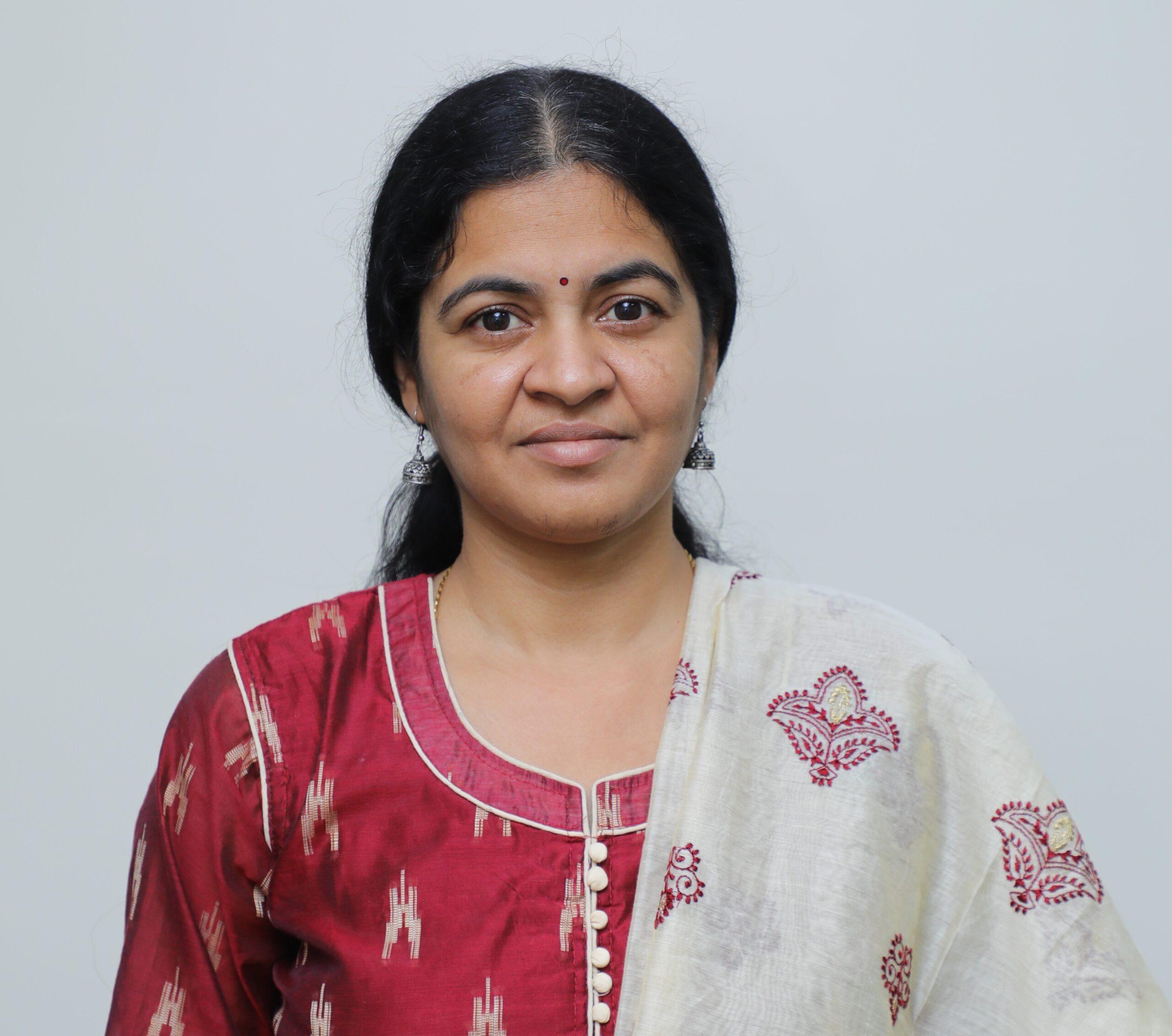 Veena Putrevu Axis Energy | India's leading Renewable Energy company